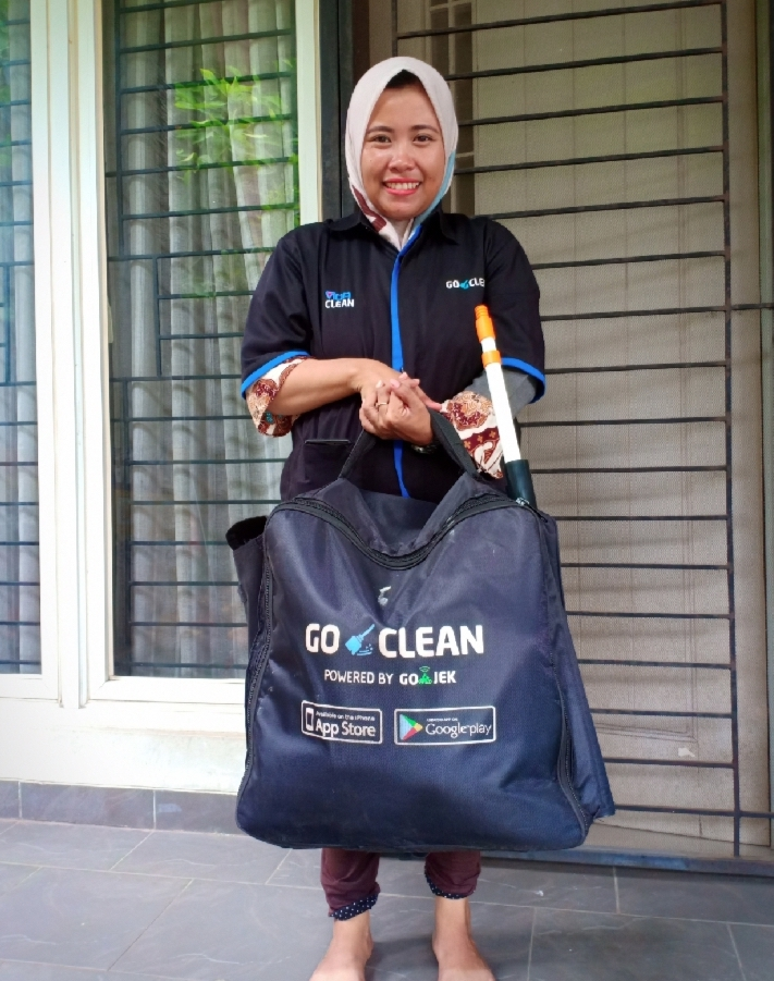 Gojek Goclean cleaner